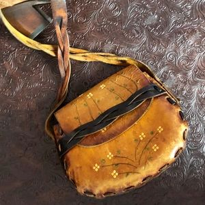 1970's Vintage Saddle Purse